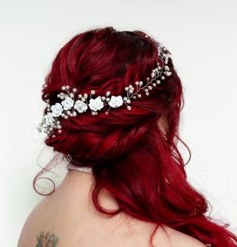 Hand Crafted Classic Pearl & Rose Flower Long Vine